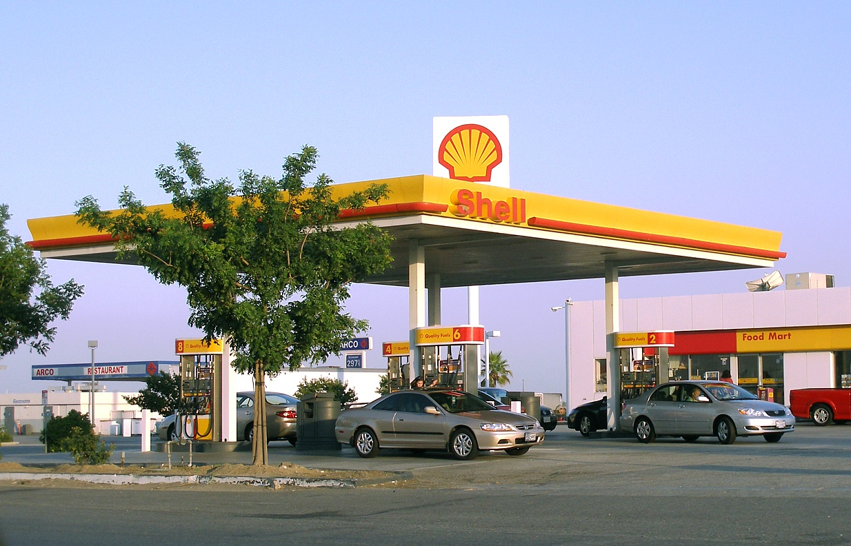 Petrol stations and vehicle repair garages