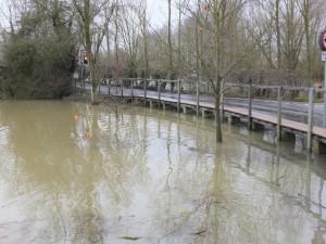 Flood walkway